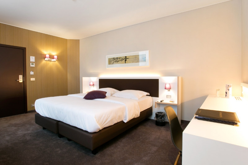 Hotel Navarra Bruges has 94 beautiful hotel rooms on several floors, all non-smoking.