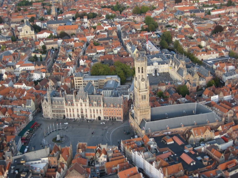 At 4-star Hotel Navarra in the heart of Bruges you will receive a warm welcome