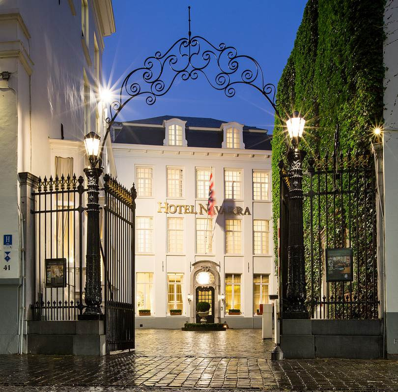 If you want to spend your time in Bruges in a unique atmosphere and setting, visit our 4-star hotel in the heart of the city.