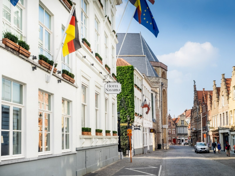 Thanks to Hotel Navarra�s central location, you will get to Bruges� market square, Belfry Tower and Groeninge museum in no time.