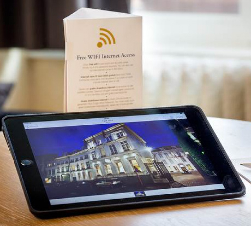 If you are renting a meeting room at our business hotel in Bruges, you can count on a warm reception by your dedicated meeting butler, who will ensure that your business stay at Hotel Navarra Bruges is as smooth as possible.
